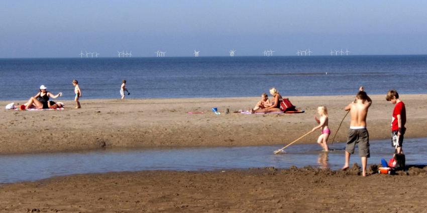 Kabinet hakt knoop door voor drie grote windparken aan de kust