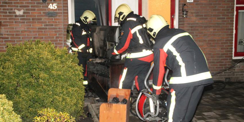 Bewoonster gewond bij brand in woning Hoogeveen