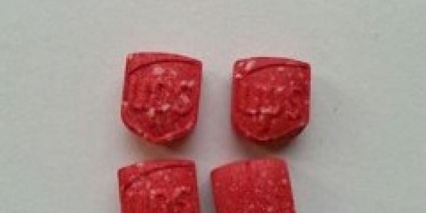 Politie waarschuwt voor xtc-pillen in Assen