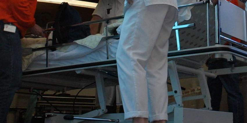 ziekenhuis-bed-verpleegster