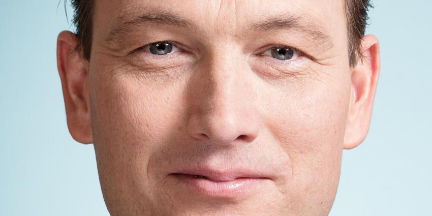 ´Halbe Zijlstra wil run op Nederland stoppen´