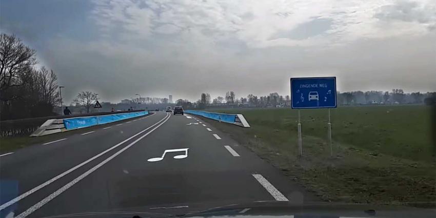 Friezen zijn weg waar Friese Volkslied is te horen nu al beu