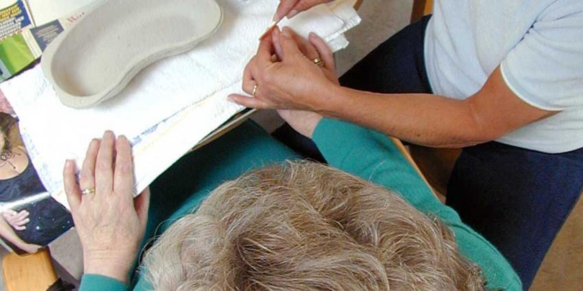 Nieuwe leidraad voor personeel verpleeghuizen