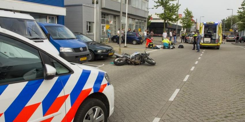 Zwaargewond na wheelie met motor