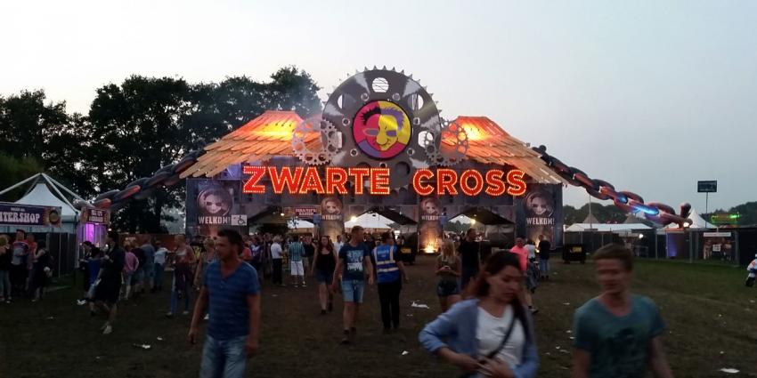 Zwarte Cross camping geopend