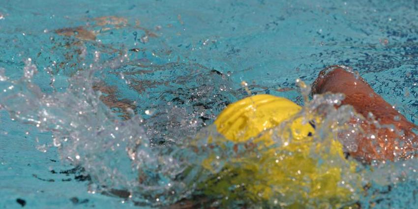 Politie benadert ouders 7 meisjes onderzoek zwemtrainer Vlissingen