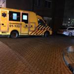 Ambulance en politie voor woning