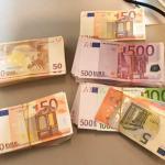 Terrasbezoeker 168.000,- euro armer na gesprekje met politie