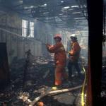 Brand in voormalig VOC-pakhuis in Jakarta