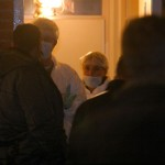 Foto van forensische onderzoekers in woning | Archief EHF