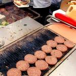 NVWA: vooral particuliere voedselverkopers in de fout op Koningsdag
