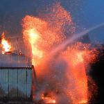 loods-brand-hoogwerker-brandweer