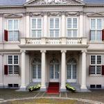 'Rutte III op 26 oktober op bordes bij de koning'