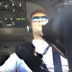 Hard werken voor piloot in cockpit tijdens landing in storm