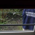 Foto van recherche van politie tijdens onderzoek   Archief EHF