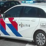 politieauto-afzetlint-agenten
