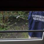 Vreemde kogelgaten in lichtkoepel en motorkap in Zwolle