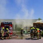 Gele rook na explosie container op bedrijventerrein Schiedam