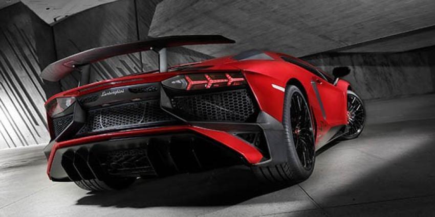 Lamborghini presenteert de Aventador LP 750-4 op AutoRAI