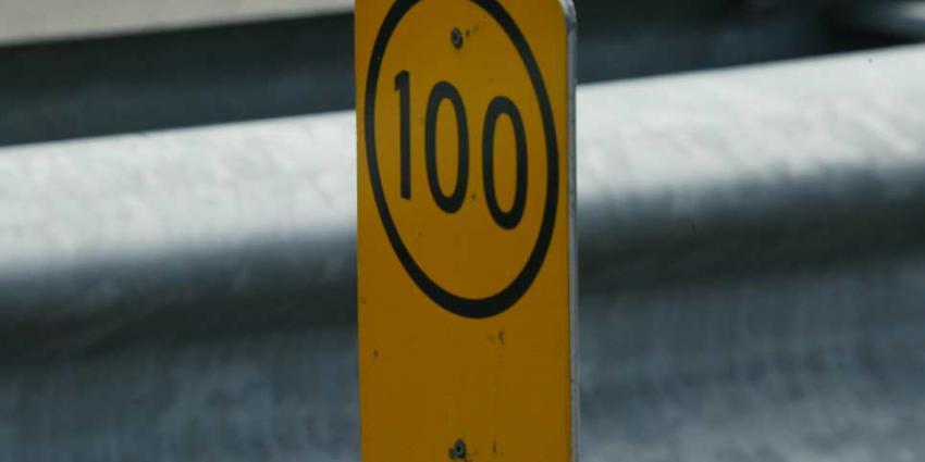 Maximumsnelheid overdag naar 100 kilometer per uur