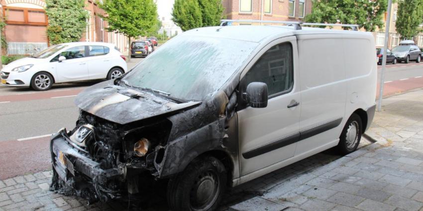 Aanzienlijke schade na autobrand