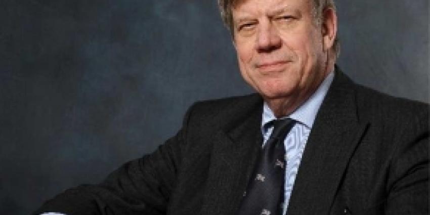 Foto van minister Opstelten