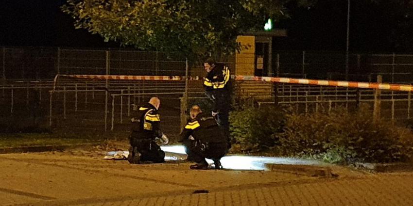Politie onderzoekt parkeerterrein