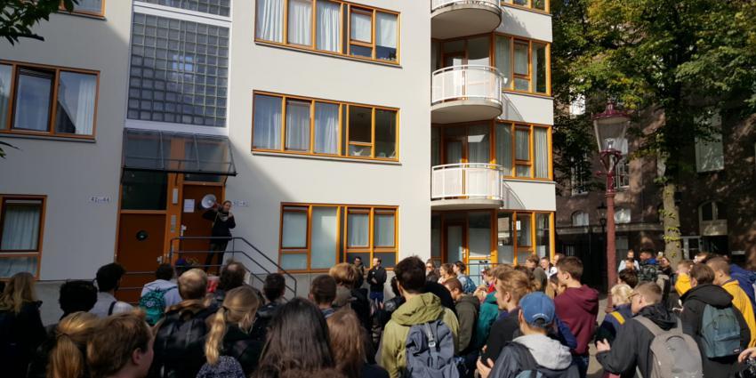 Studenten bezetten UvA