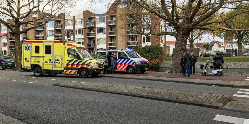 Man in scootmobiel aangereden, dader spoorloos