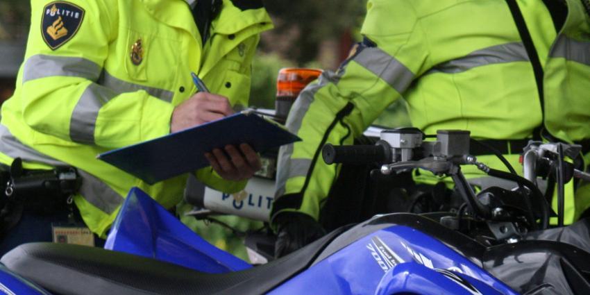 Fietser raakt zwaargewond bij botsing met bromfietser in Mijdrecht