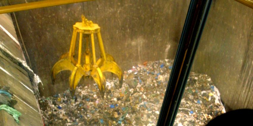 FNV verwijt eigenaar afvalverwerker Attero kaalplukkerij