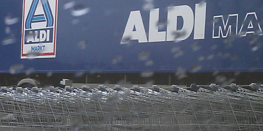 Foto van Aldi supermarkt boodschappen kar | Archief EHF
