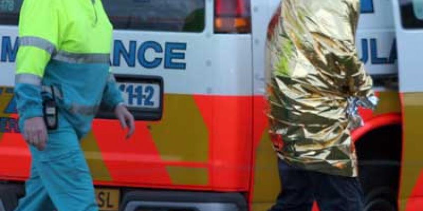 Fot ovan ambulance en onderkoelde man | Archief EHF