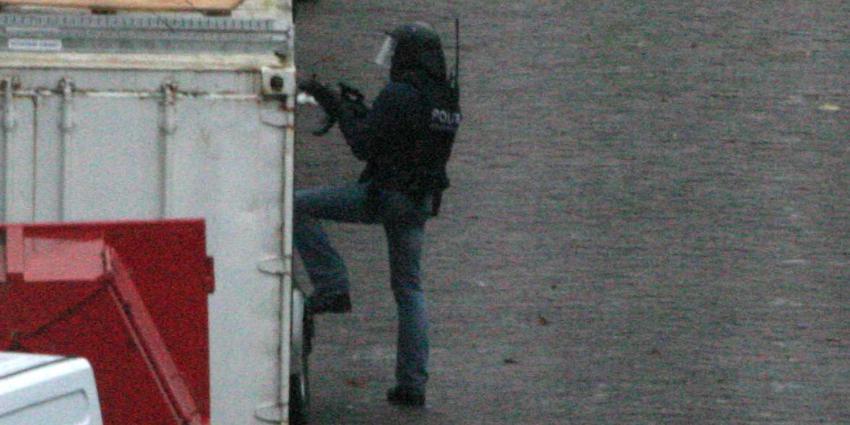 arrestatieteam-container-donker