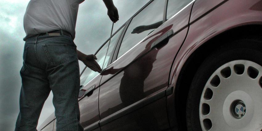 Diefstal personenauto's opnieuw gedaald