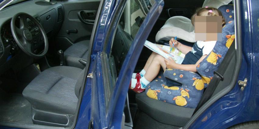 Dief steelt auto met kind nog op de achterbank