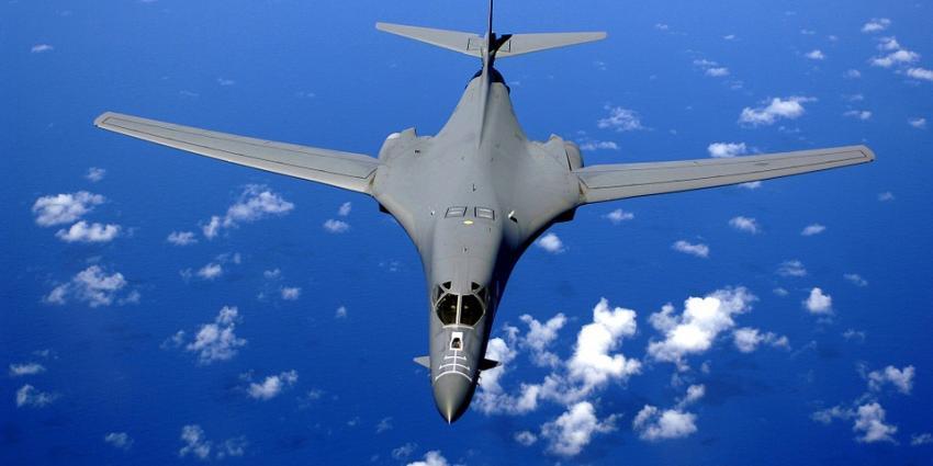 VS laat twee bommenwerpers over Noord-Korea vliegen