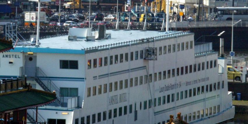 asielzoekers, tentenkamp, hotelboot