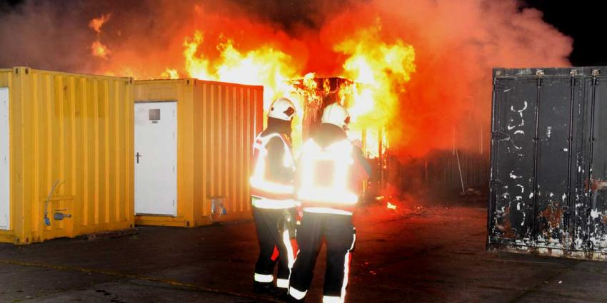 Brand vernielt kantoorunits Hoogeveen