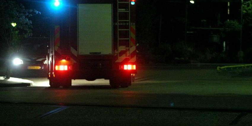 Brandweer roept hulp Tesla in na dodelijke crash bij Lage Vuursche