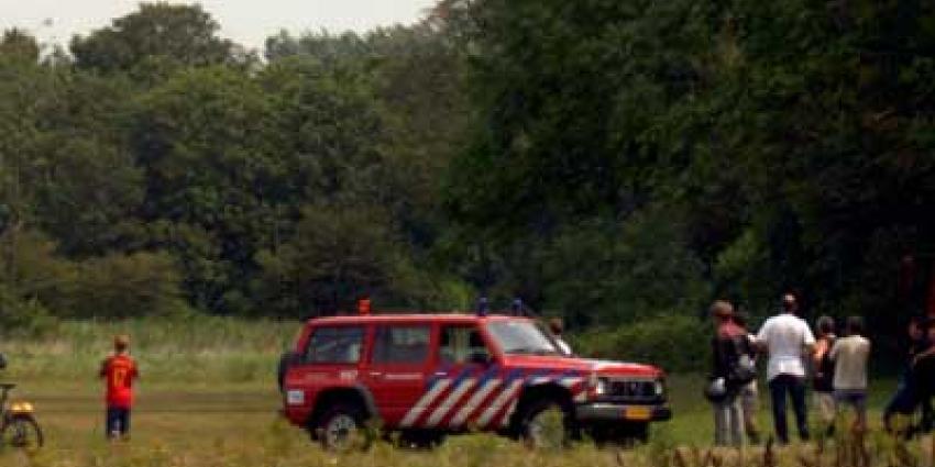 Foto van brandweerauto op heide en bos | Archief EHF