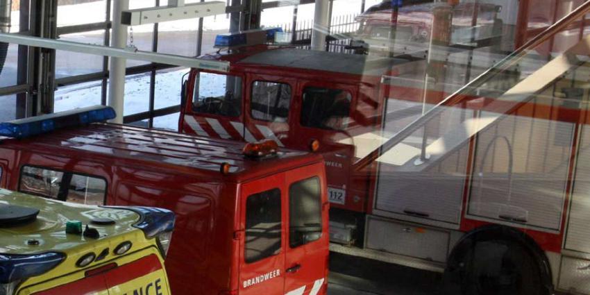 Bizar: kraaienpoten gevonden voor de uitgang brandweerkazerne