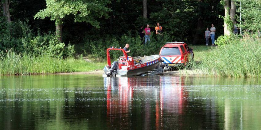 brandweerboot-zwemplas