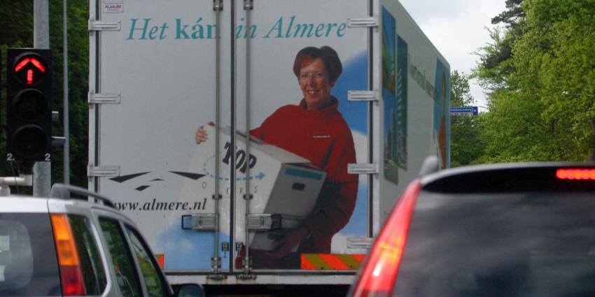 Burgemeester Jorritsma Almere niet beschikbaar voor derde termijn