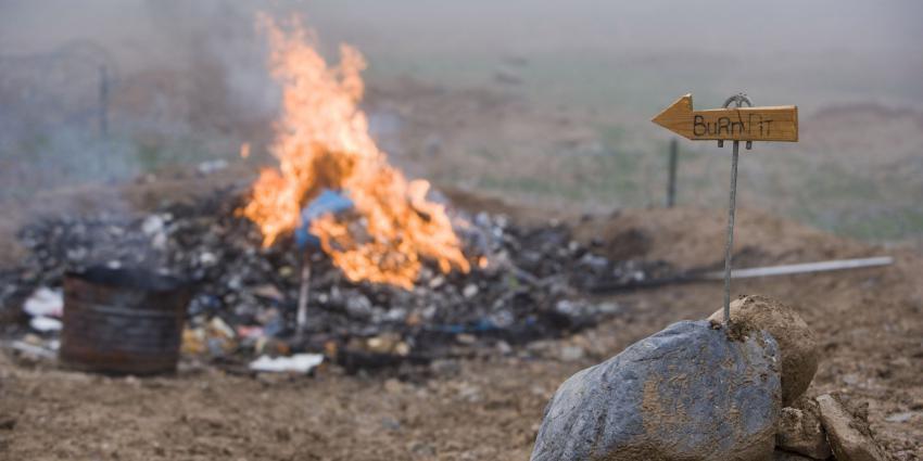 Al 110 meldingen gezondheidsklachten door burnpits