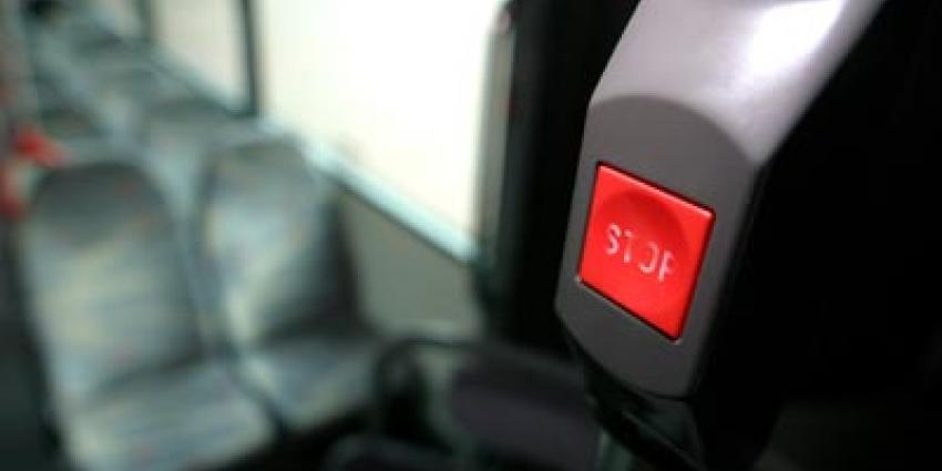 Foto van stopknop in bus   Archief EHF