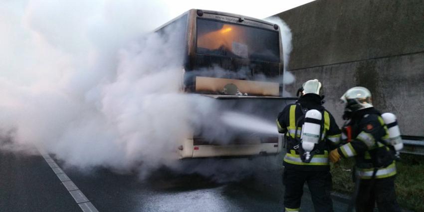 File A59 door busbrand bij Hintham