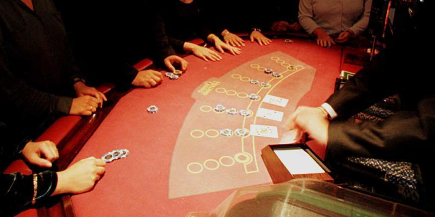 Geld buitgemaakt bij overval casino