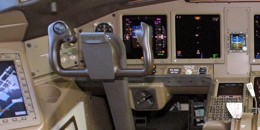 Foto van cockpit vliegtuig | Archief EHF