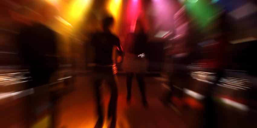disco-lichtbol-dansen